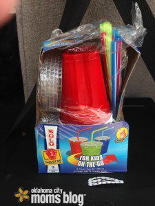 kids solo cups with straw and lid.