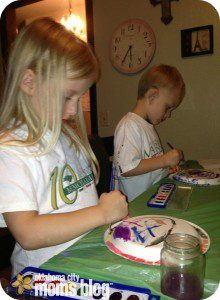 My kiddos painting the face of their clocks before learning how to tell time.