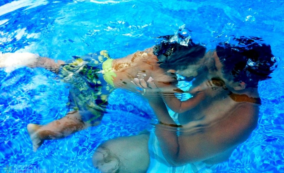 Underwater kisses are the BEST!