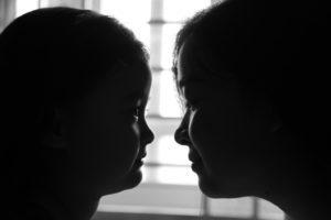 mother-and-daughter-2383081_1280