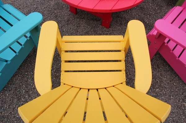 lawn chairs from 10 ways for your home to say summer