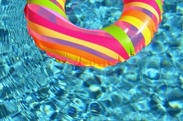 swim ring from 10 ways for your home to say summer