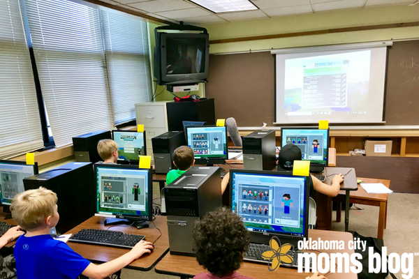 Students playing minecraft in computer lab