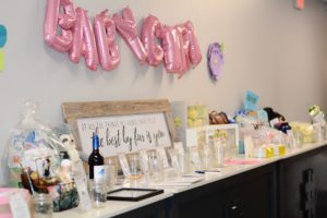Bloom giveaway table