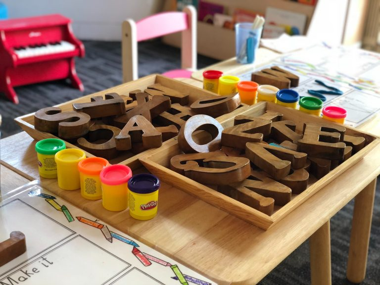 7 Preschool Curriculums You Can Do at Home